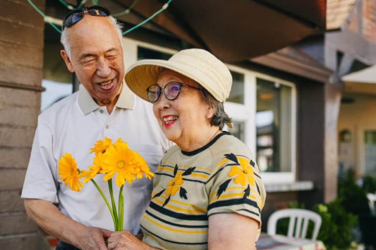Den richtigen Mann an Ihrer Seite finden - Aufregendes Dating im besten Alter